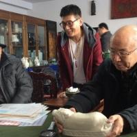 企业家收藏网专访--民间收藏家邱建旺