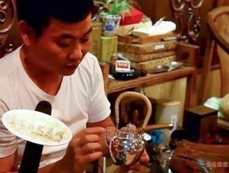 """[视频]日本""""手敲银壶""""卖百万,在中国这门手艺却濒临失传"""